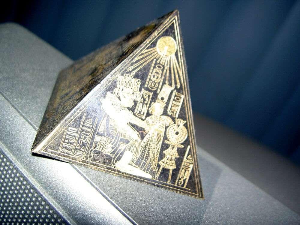 laser etching samples; Heat Sign; laser etching machine